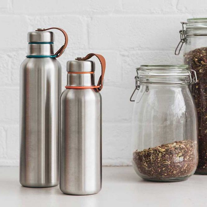 large and small insulated water bottles plastic free