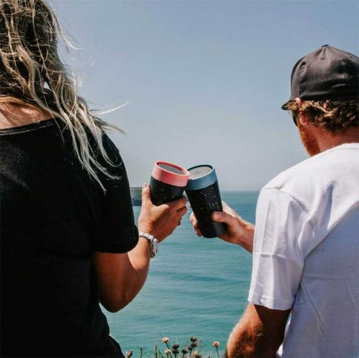 couple with reusable circular and co cups