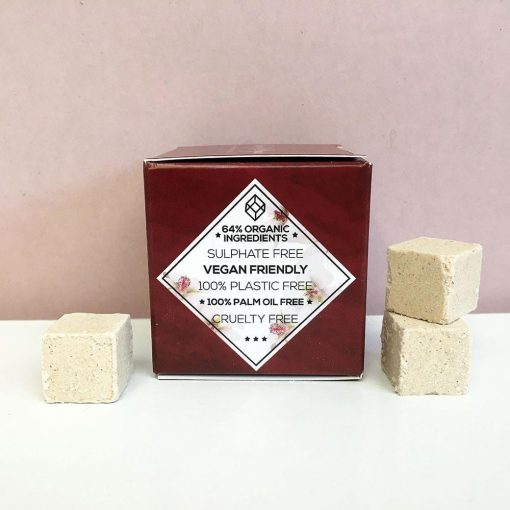 packaging with plastic free conditioner cubes inside