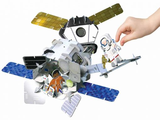 space station plastic free toy set