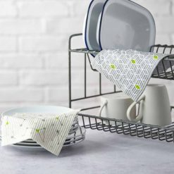 eco friendly kitchen cloths on kitchen draining board