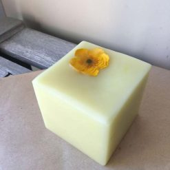 plastic free conditioner with a flower on top