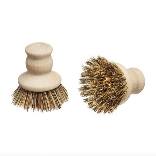 wooden pot brush with natural fibres