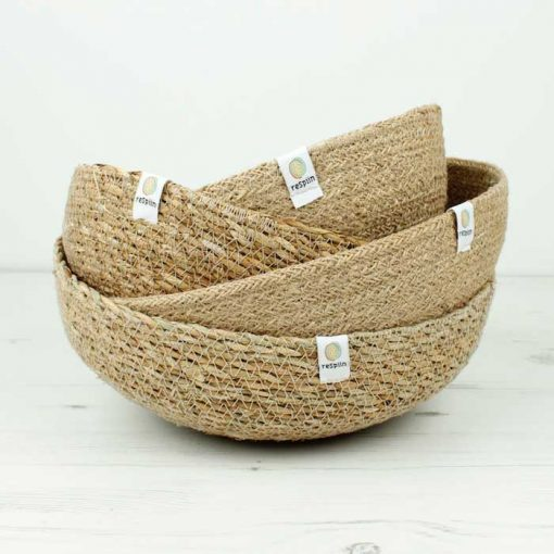 4 large seagrass bowls