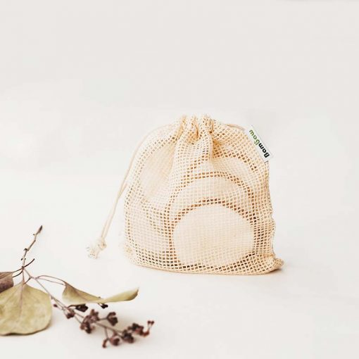 bamboo make up remover pads in cotton bag