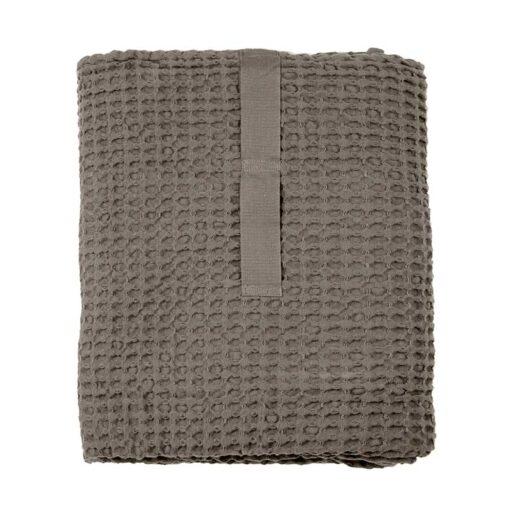 waffle bath sheet folded uo
