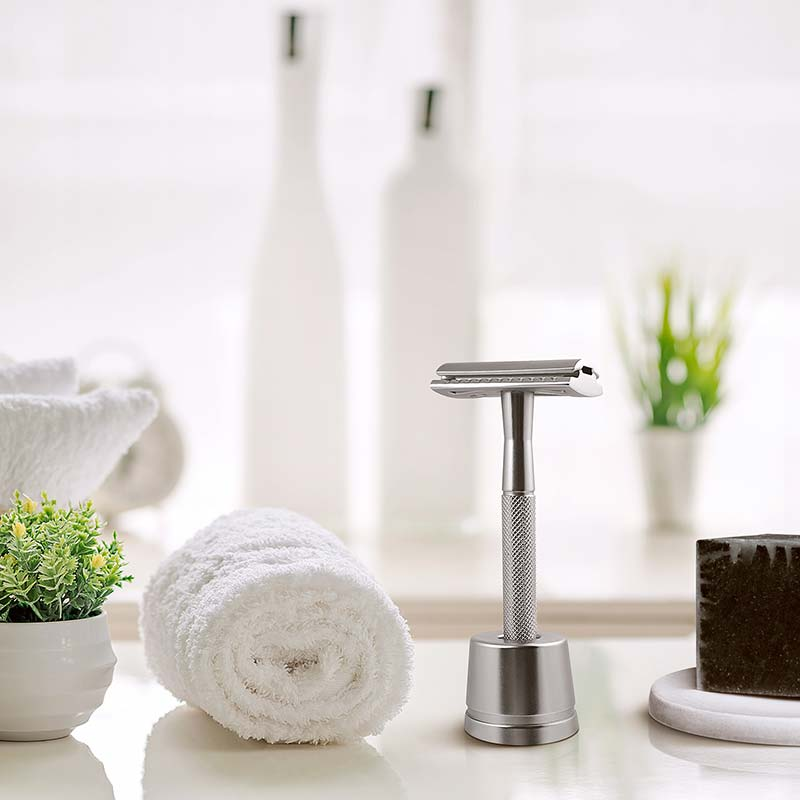 eco friendly razor as an eco friendly gift idea